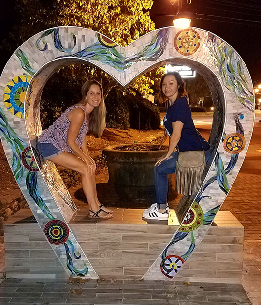 Heart-of-Roswell-Bench-Women-(600x700)